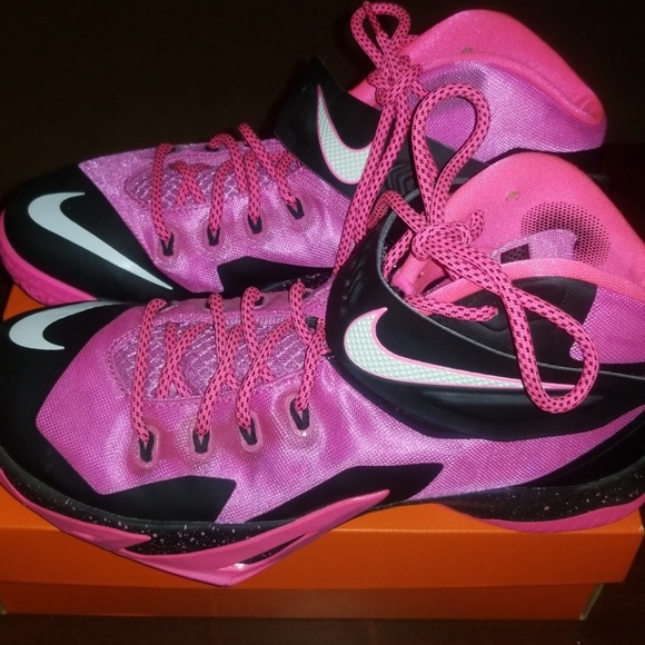 7598545a3121 Nike Zoom Soldier 8